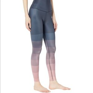 Beyond yoga engineered lux leggings island ombré s